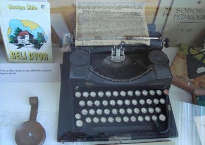 silihov-pisalni-stroj